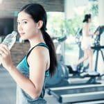 胸の小さいコンプレックスにさようなら。効果高い運動でバストサイズも心も変えましょう!