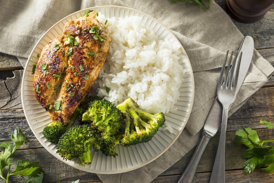 栄養バランスのよい食事を摂る