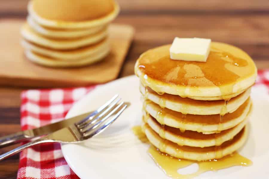 ハチミツと他の食べ物を効果的に取り入れてバストアップ