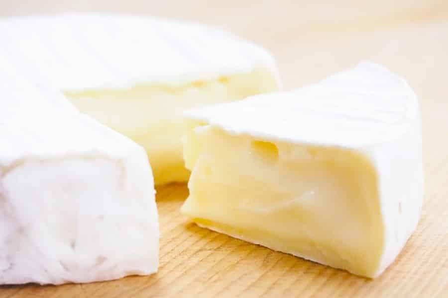 育乳するにはチーズを食べるといいの?