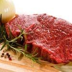 バストアップのために牛肉がよいって本当?