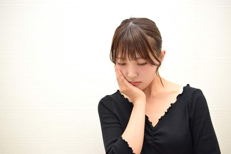 断乳後の胸が垂れるのを改善できるの?