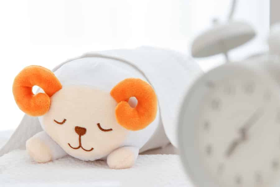 女性ホルモンの分泌を安定させるには十分な睡眠が必要です