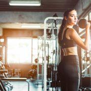 胸が垂れるなどの変化に筋トレが効果的な理由とは?