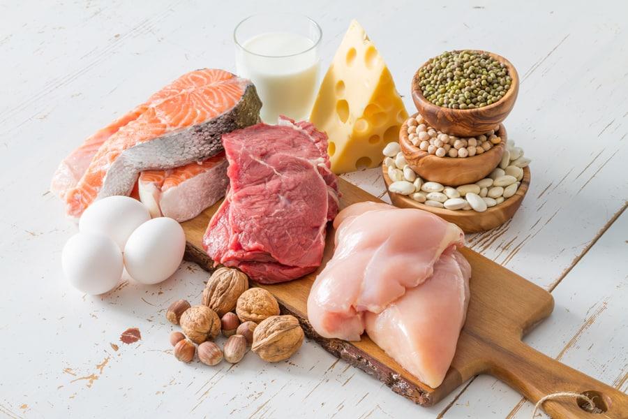 タンパク質をしっかり取ることも育乳に役立ちます