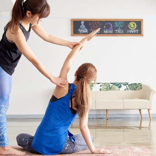 胸が垂れるのを予防するのに効果的な体操とは?