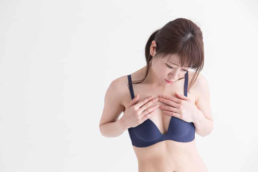 貧乳は遺伝が影響するって本当ですか?