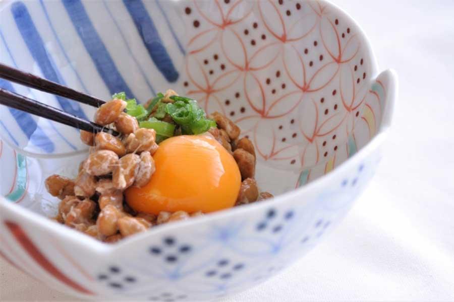 納豆はどのくらい食べれば良いの?